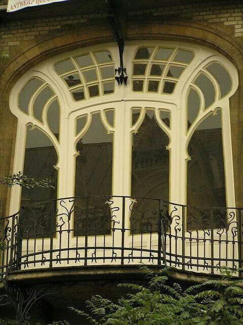 Art nouveau balcony Anvers, Belgium
