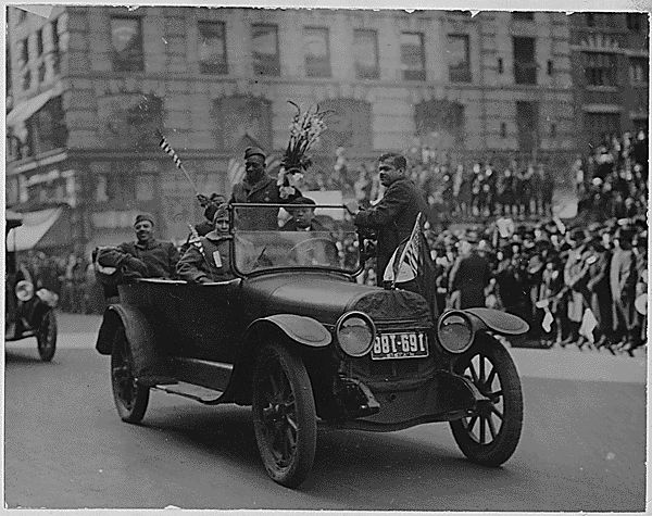 Henry Johnson and the Harlem Hellfighters in a parade up Fifth Avenue upon their return to New York in February, 1919. Photo: New York Division of Military and Naval Affairs