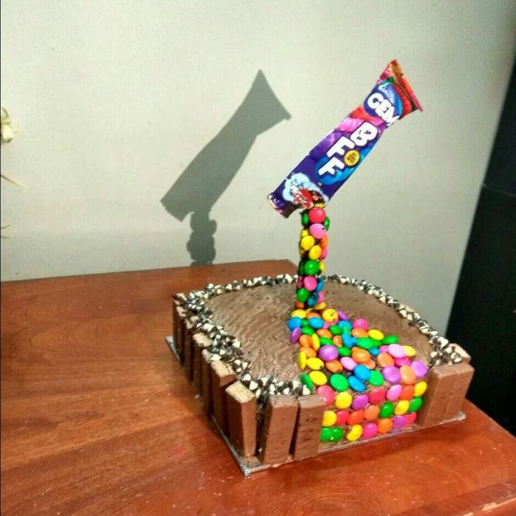 Gravity  cake 😎☺