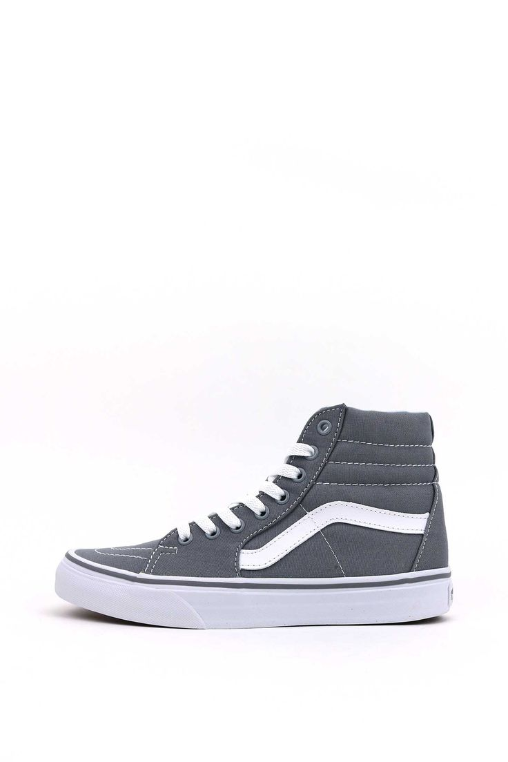 The Sk8-Hi Reissue, the Vans legendary high top reissued with a vintage sensibility, features sturdy canvas and suede uppers, re enforced toe caps to withstand repeated wear, signature rubber waffle o