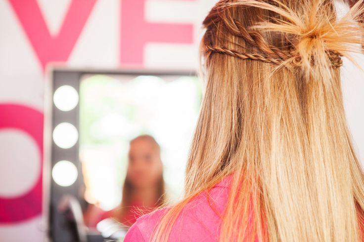 Riuscite a creare trecce così sottili? Con Twist Secret è un gioco da ragazzi. Pochi secondi e sono pronte! #trecce #treccia #twistsecret #babyliss #festival #look #acconciature #hairstyles #hairstyle #braid #braids #inspiration