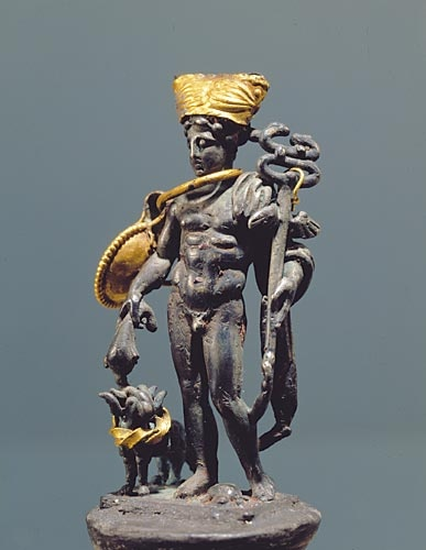 This gold-and-silver statuette of mercury was found with a body near the city's harbor gate.  #pompeii