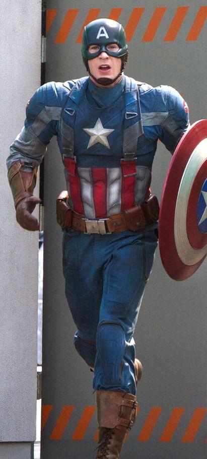 The Evolution of Captain America's Uniform - Smithsonian Modified Field Uniform — GeekTyrant