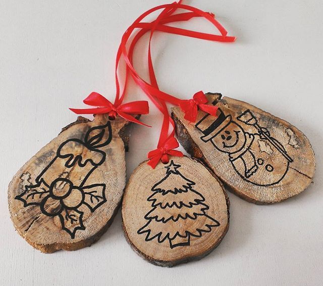 Decorazioni natalizie! 3x15€ #instalike #instaitaly #italia #shoponline #decorazioni #decorazioninatalizie #like4like #tagsforlikes #mylife #myjob #follow4follow #picofday #photooftheday #christmas #natale #madeinitaly #homemadewithlove #homemade