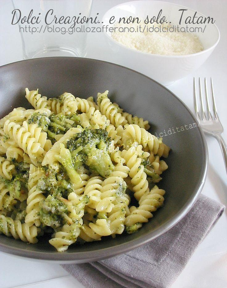 Pasta con broccoli e gorgonzola | ricetta semplice primo piatto