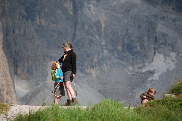 Gezinsfoto in de Dolomieten. Foto Petra Wicherink