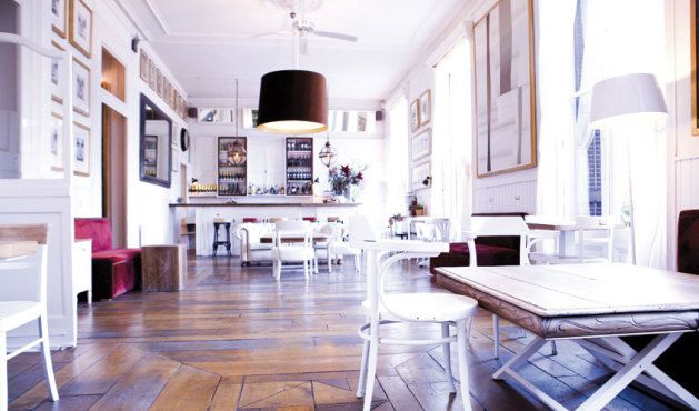 Philipines Club. Bar. Plaça Reial