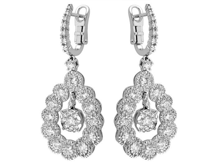 18K white gold earring set with 4.13carat diamonds