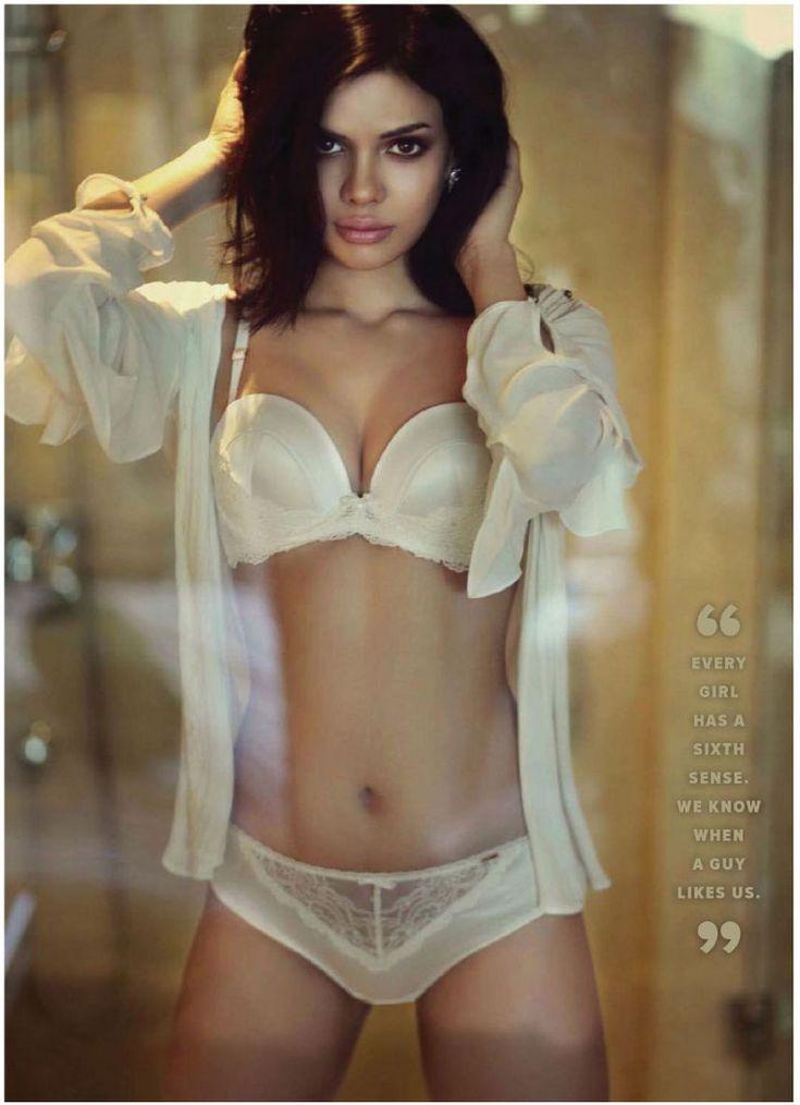 Pin On Hot Indian Actress  Girls-2288
