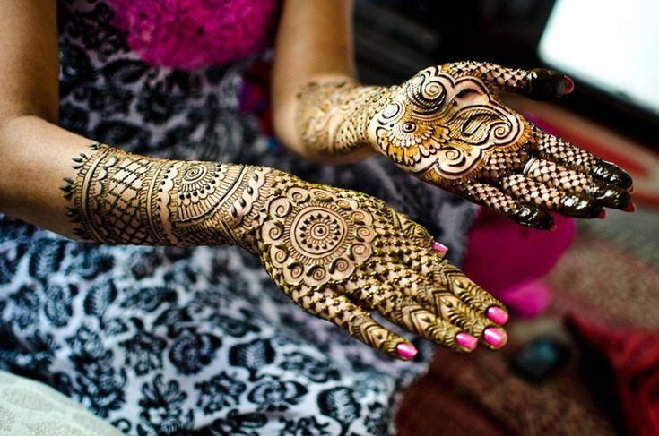 Мехенди - Искусство росписи хной. Мехенди (менди, минди) - это искусство росписи тела узорами из хны. Но мехенди - это не татуировка, а....