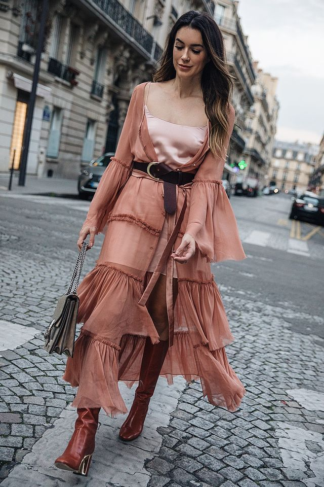 LOVE! Don't know where our how I would wear it but it sure is awesome~ Paris…