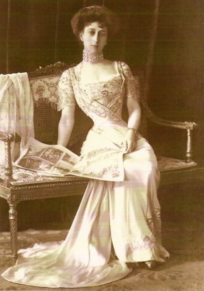 Queen Maud of Norway wearing light blue satin gown by Laferriere, 1909