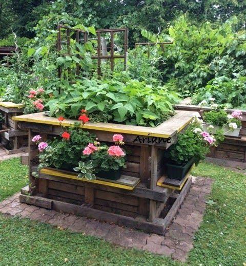 Strick-Blume 's ❀: Unsere Hochbeete aus Paletten, zweiter Post . . .