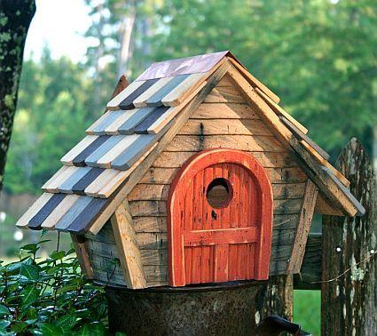 Heartwood Rock City Bird House Natural, Quality Functional Birdhouses For Attracting Backyard Birds at Songbird Garden