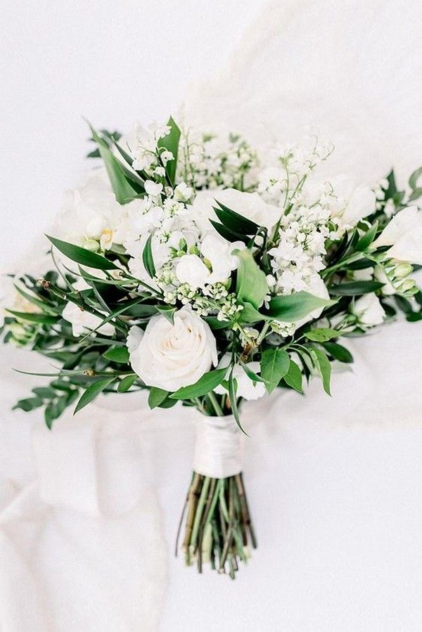 White And Green Simple Wedding Bouquet In 2020 Simple Wedding Bouquets Bridesmaid Bouquet White White Wedding Bouquets