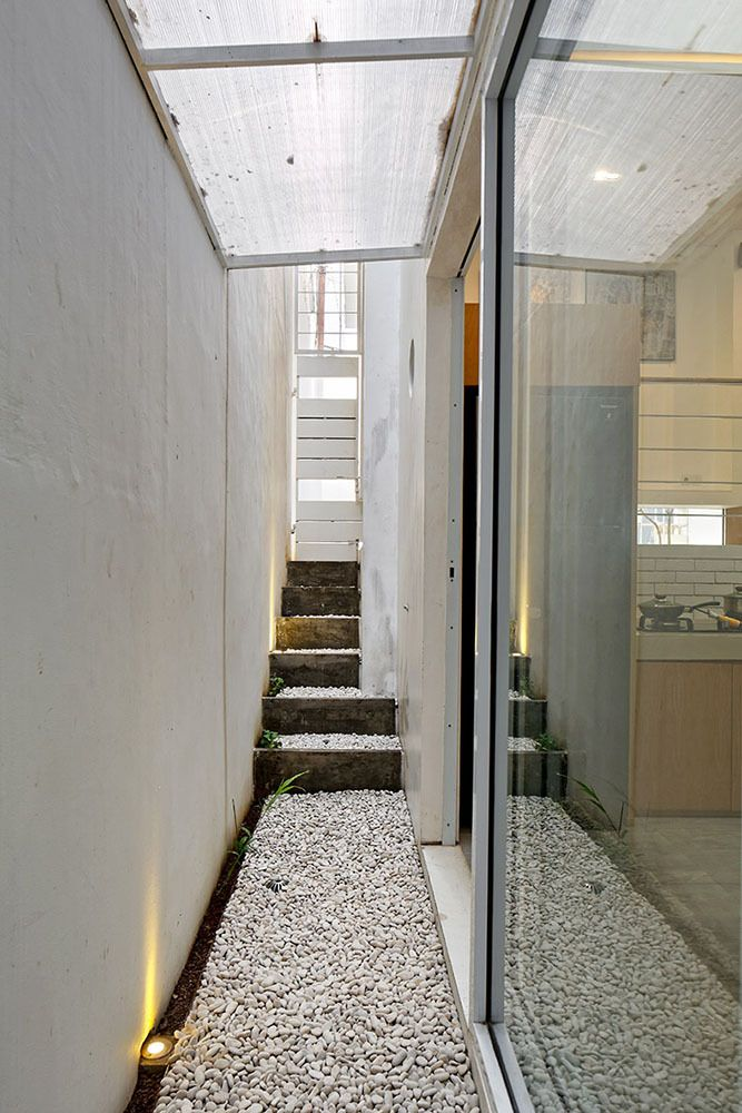 Gallery of Splow House / Delution Architect - 23