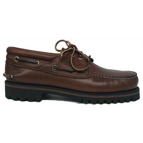 Zapato náutico en piel color cuero de Ashcroft. Vista lateral