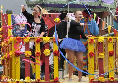 Défilé de chars lors de la fête des Chardons Bleus - le 15 août