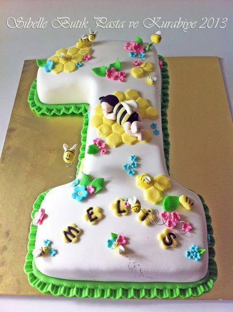 Sibel'in Tarif Defteri                           Sibelle Butik Pasta ve Kurabiye Tasarımı: BAL ARISI MELİS'İMİN DOĞUM GÜNÜ