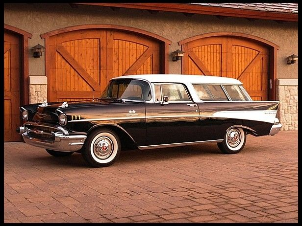 1957 Chevrolet Nomad Wagon Fuel Injected 283 CI, 4-Speed.