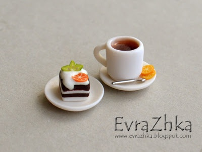 How to tutorial - Making a miniature cup of tea and cake on a plate out of polymer clay!! polymerclayfimo: Урок - Чай с пироженкой