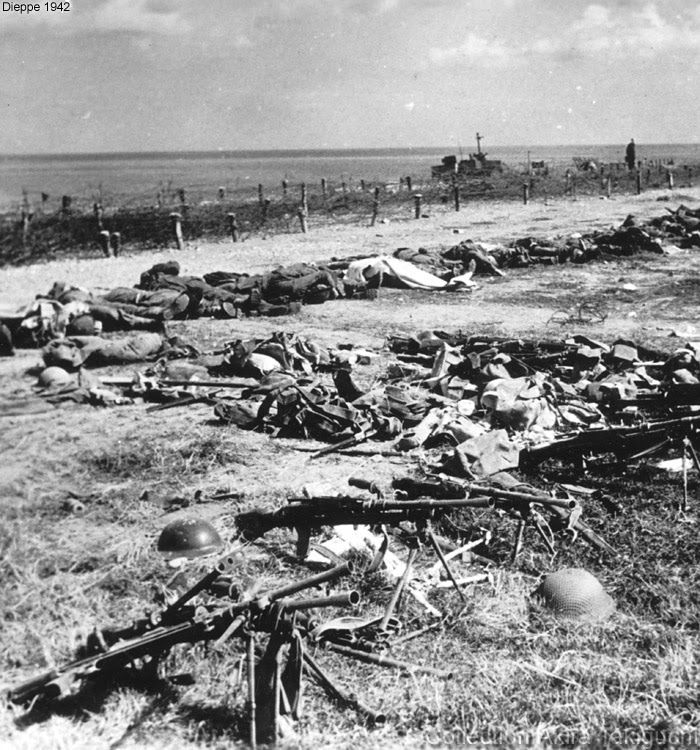 Weapons used in battle at Dieppe (1942) and a row of Allied soldiers' corpses, mainly Canadians.
