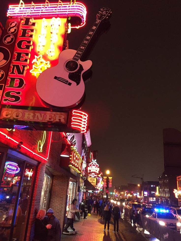 """""""Our trip to Nashville was AMAZING! we had a honky tonkin' time! We also went to support our Montreal Canadiens live! The food was incredible, eating all types of southern food. Definitely recommend Nashville to anyone we know!"""""""