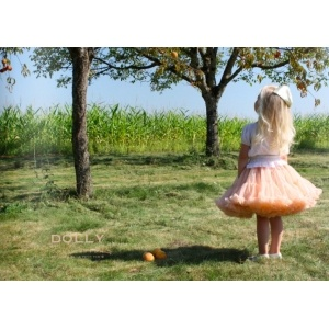 princess and the frog pettiskirt in appricot color. This stunning combination with DOLLY hair bow and t-shirt for sunny days.
