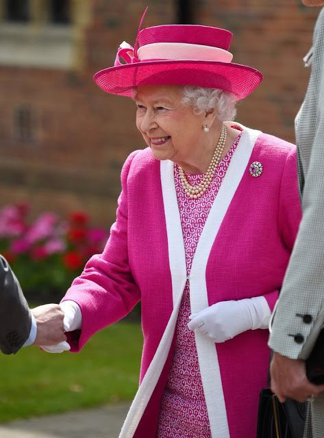 Queen Elizabeth visits Berkhamsted School in London Britain's Queen Elizabeth II arrives to visit Berkhamsted School, north-west of London on May 6, 2016, on the 475th Anniversary of its foundation. Berkhamsted School was founded in 1541 by John Incent, Dean of St Paul's, initially as a school of just 144 pupils. Schools Group is currently responsible for the education of over 1,800 pupils..