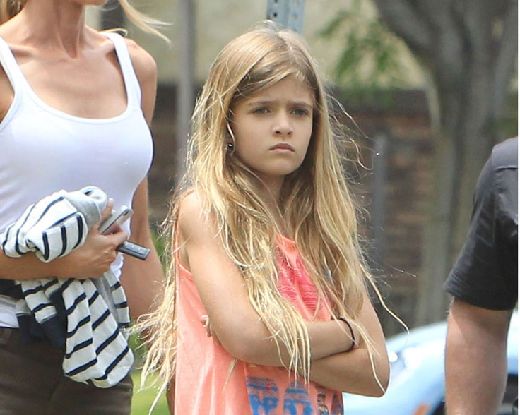 Sam J. Estevez Sheen - daughter of Charlie Sheen and Denise Richards was born on 03/09/2004 Los Angeles.