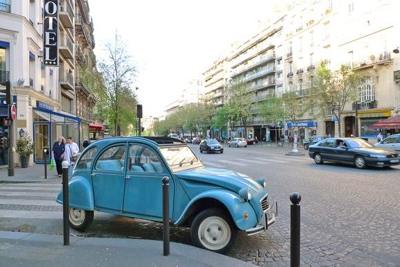 In Paris, the streets aren't clogged with treacherous, commanding American SUVs. Instead, the city's full of tiny, beautiful cars. (old Citroën pictured)