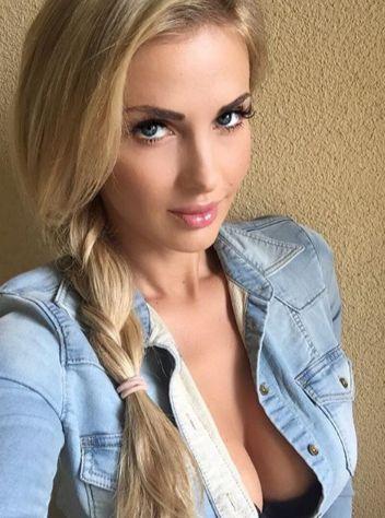 Leanna Bartlett nude 848