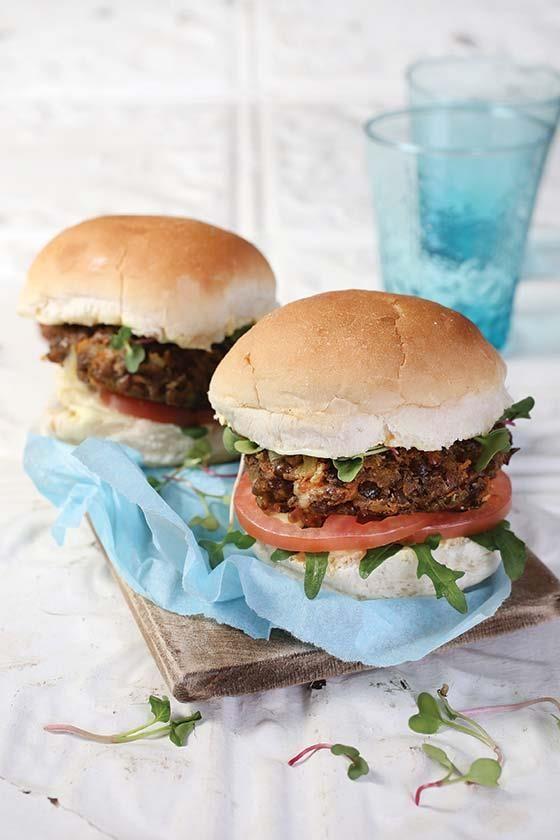 Meat-free Monday Lentil burger #recipe | Vleislose Maandag: Lensiehamburgers