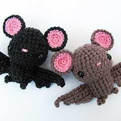 Little Bat-great for Halloween and with embroidered eyes perfect for introducing a child to non scary Halloween fun. Adorable!