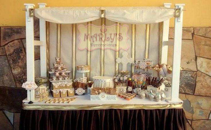 Candy bar para bautizo en detalles cafe crema y dorado - Decoracion de cafeterias ...