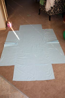 crib bed skirt...no, i'm not preggo...just trying to help a friend!