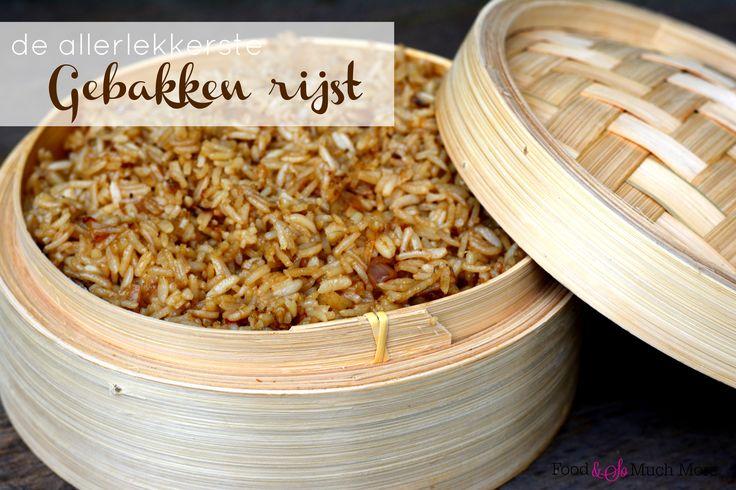 Deze gebakken rijst is echt heel makkelijk te maken en oh zo lekker bij allerlei gerechten.
