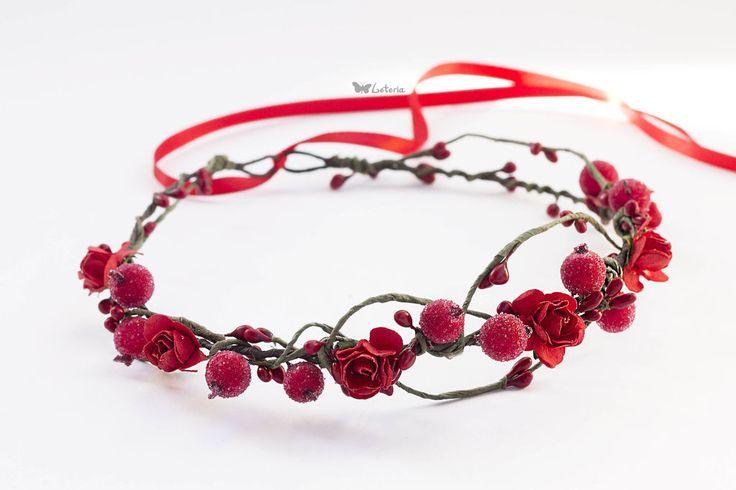 Купить Венок с цветами и ягодами - ярко-красный, красный, венок из цветов, венок на голову