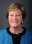 Pat Summitt's foundation making a difference in Alzheimer's fight http://www.utsports.com/sports/w-baskbl/mtt/summitt_pat00.html