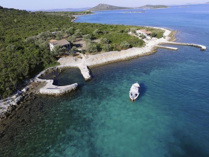 Island Zizanj - house Lekic