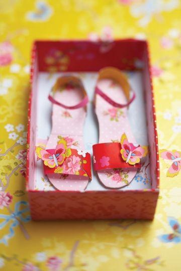 Schoentjes van papier