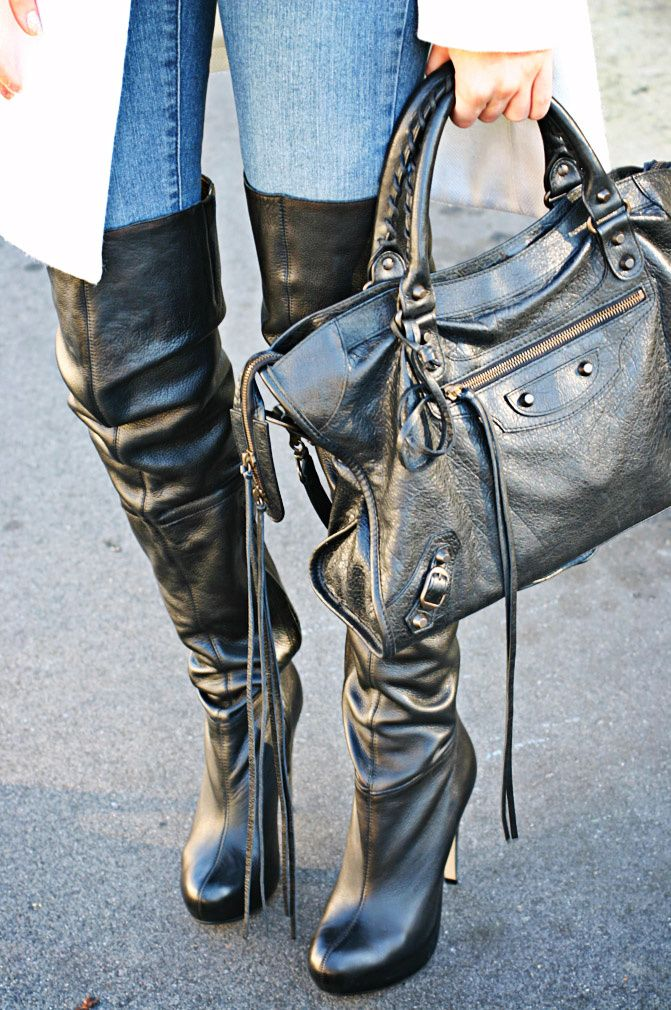 BALENCIAGA Bag / TOPSHOP Boots A sneak peek of a future outfit post! Can you guess the rest? ;)