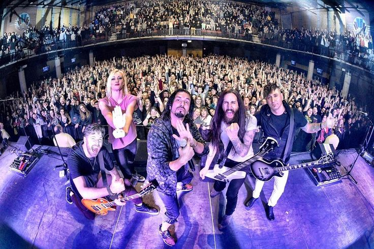 """Pop Evil """"This is what it looks like when your Hometown has your back. What a Show for the ages tonight back…"""""""