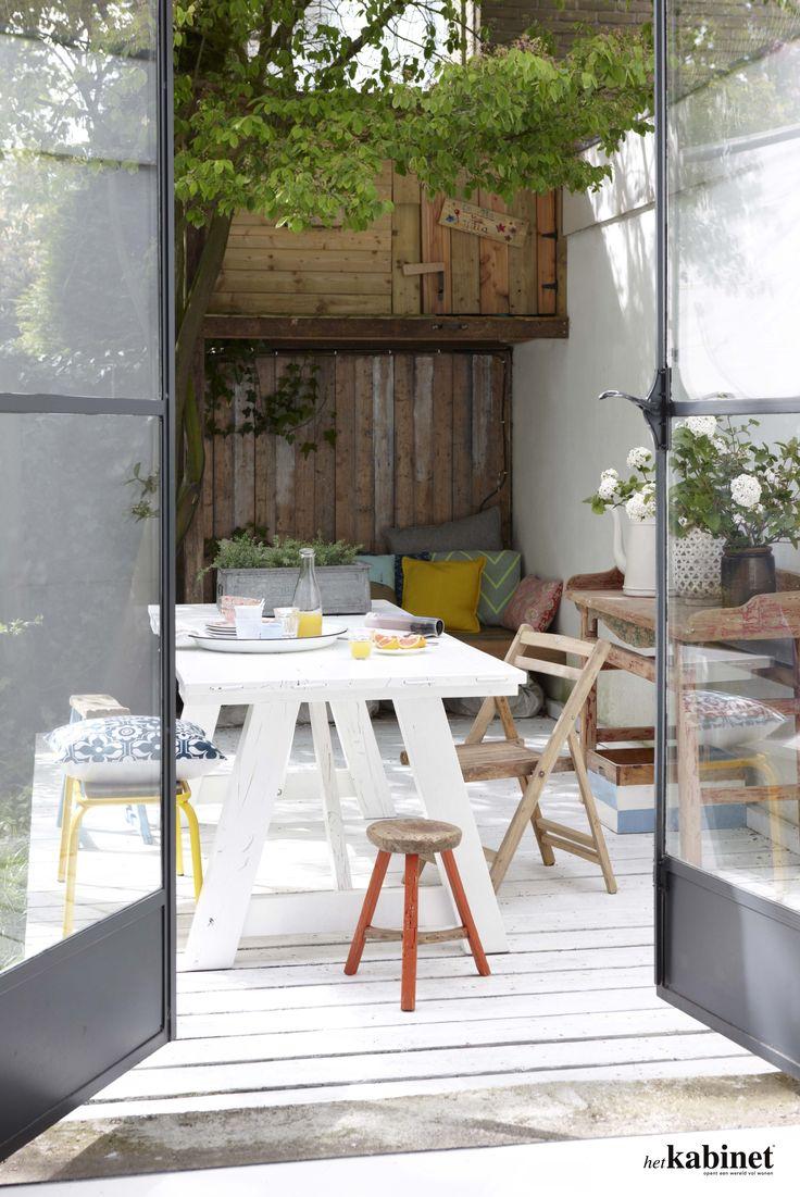 De deuren open en het leven verplaatst zich naar buiten! #home #interior #garden