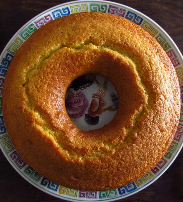 Simple cake | Food From Portugal. As the name implies, this is a simple cake, very pleasant and easy to prepare! A very tasty cake with the milk and lemon aroma that is an excellent solution for a snack in family!