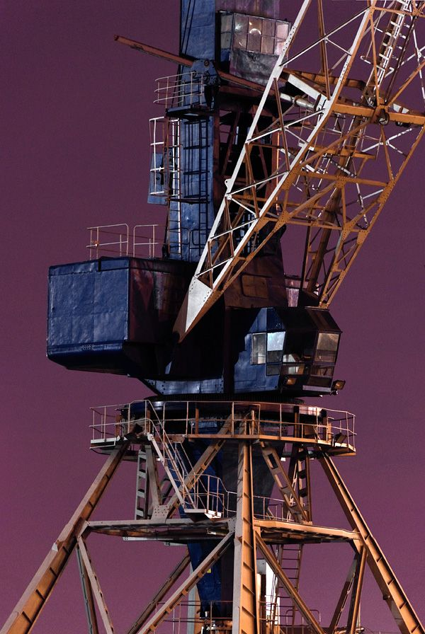 Cranes: Photo Series by Branislav Kropilak | Inspiration Grid | Design Inspiration