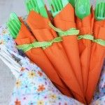 Get it? they look like carrots... hello Easter buffet... now this is a project that I might actually do!