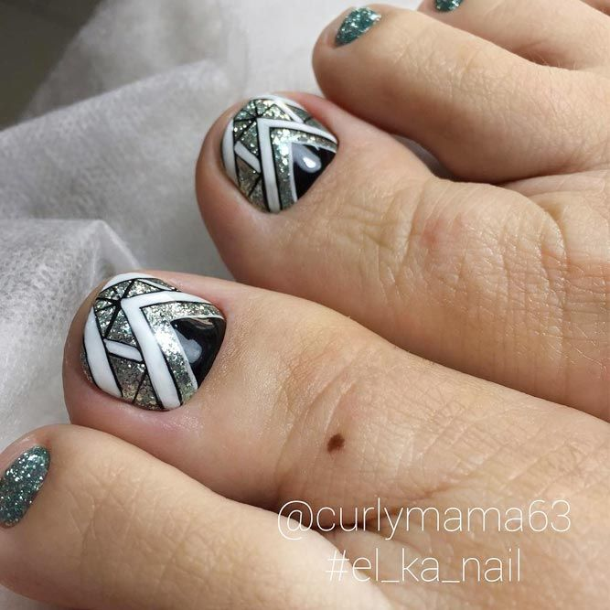 Choosing a proper toe nail design is the best way to succeed with the creation of a flawless look. We have the perfect collection of trendy ideas at hand, and we are going to share them with you today! #nails #nailart #naildesign #toenails