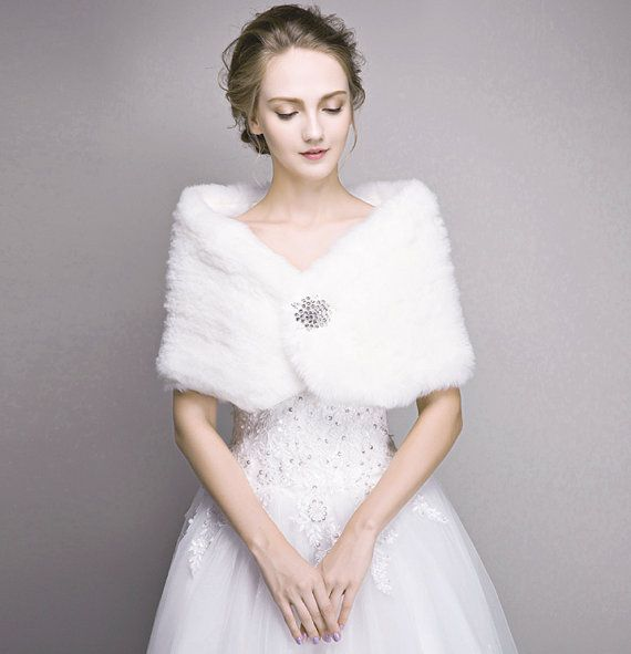 Bridal fur stole, Ivory Faux Fur Shawl, wedding winter jacket wrap, white cape evening shrug bolero bridesmaid accessories