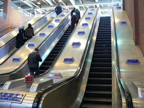 Resultado de imagen de escaleras electricas
